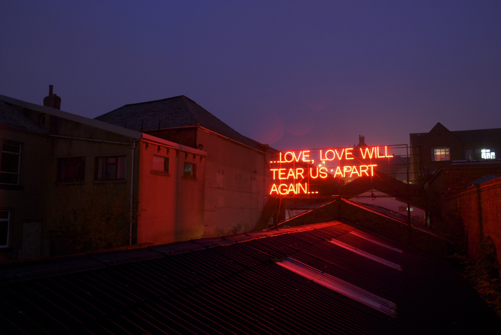 12 Months of Neon Love | Victoria Lucas & Richard William Wheater | 2011-12 | installation | neon | installation view | image: courtesy of the artist