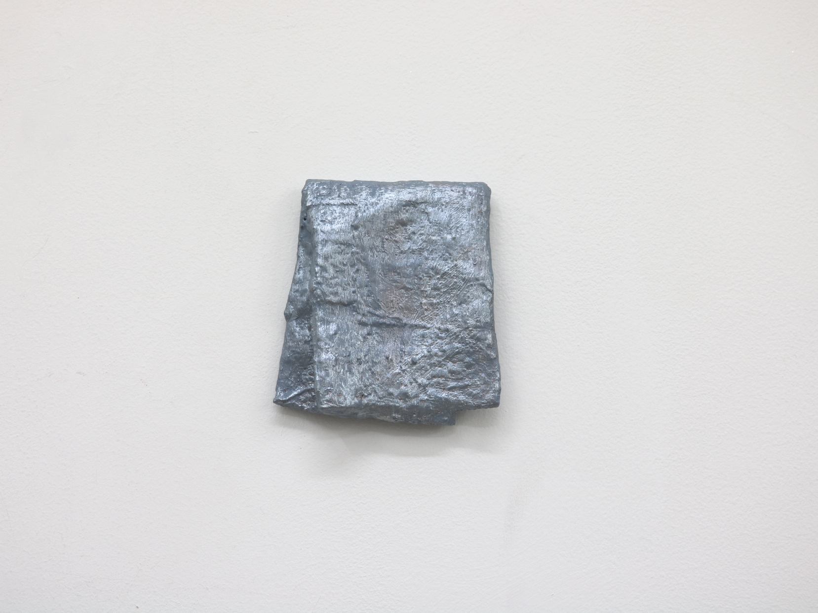 Fold Over | Charlie Franklin, 2018 | oil, acrylic, scrim, plaster, cardboard | 12cm x 10cm x 3cm | image: courtesy of the artist