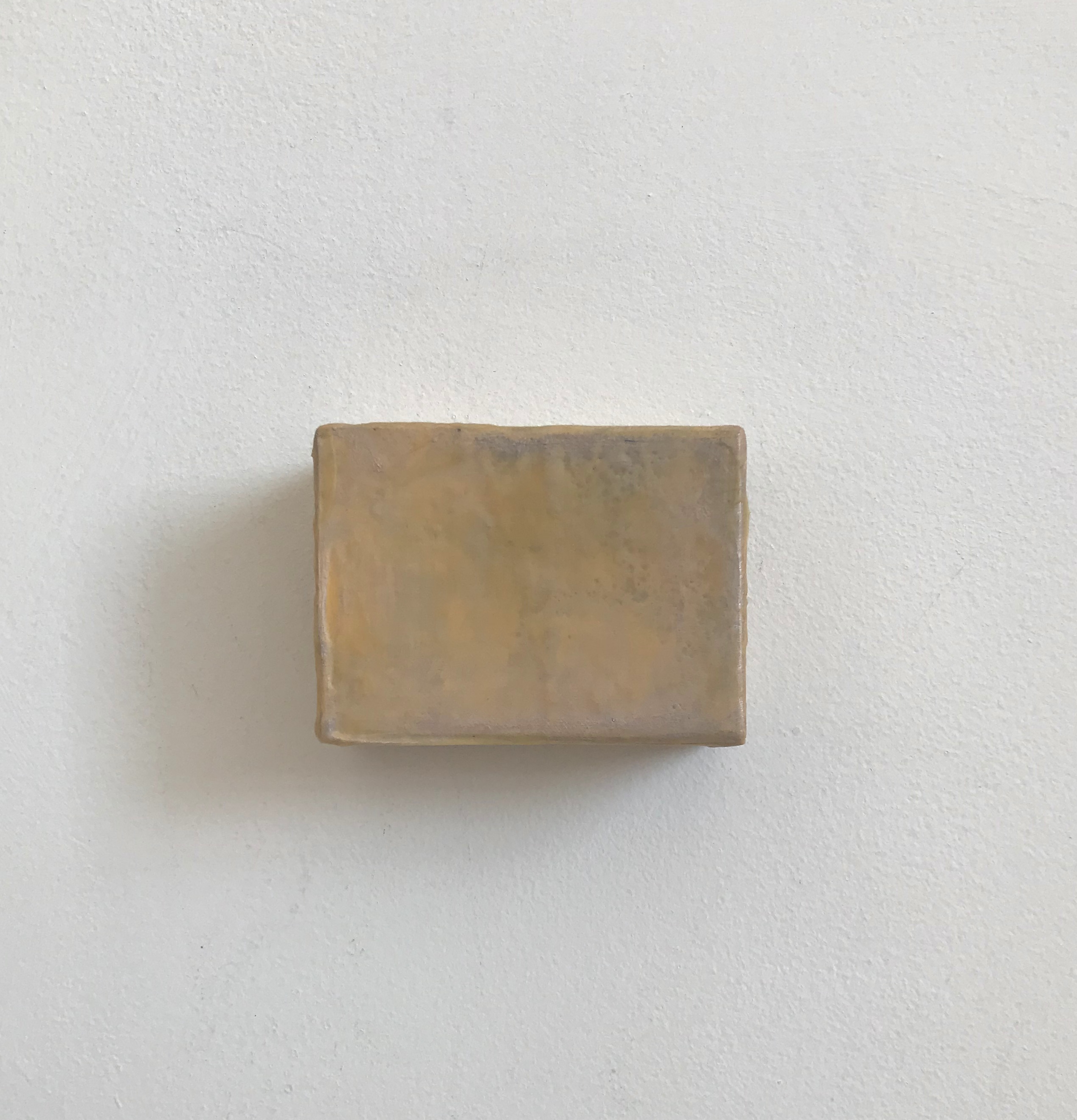 Glace | Charlie Franklin, 2018 | oil, acrylic, chalk paint, gesso, cardboard | 7cm x 8.5cm x 4cm | image: courtesy of the artist